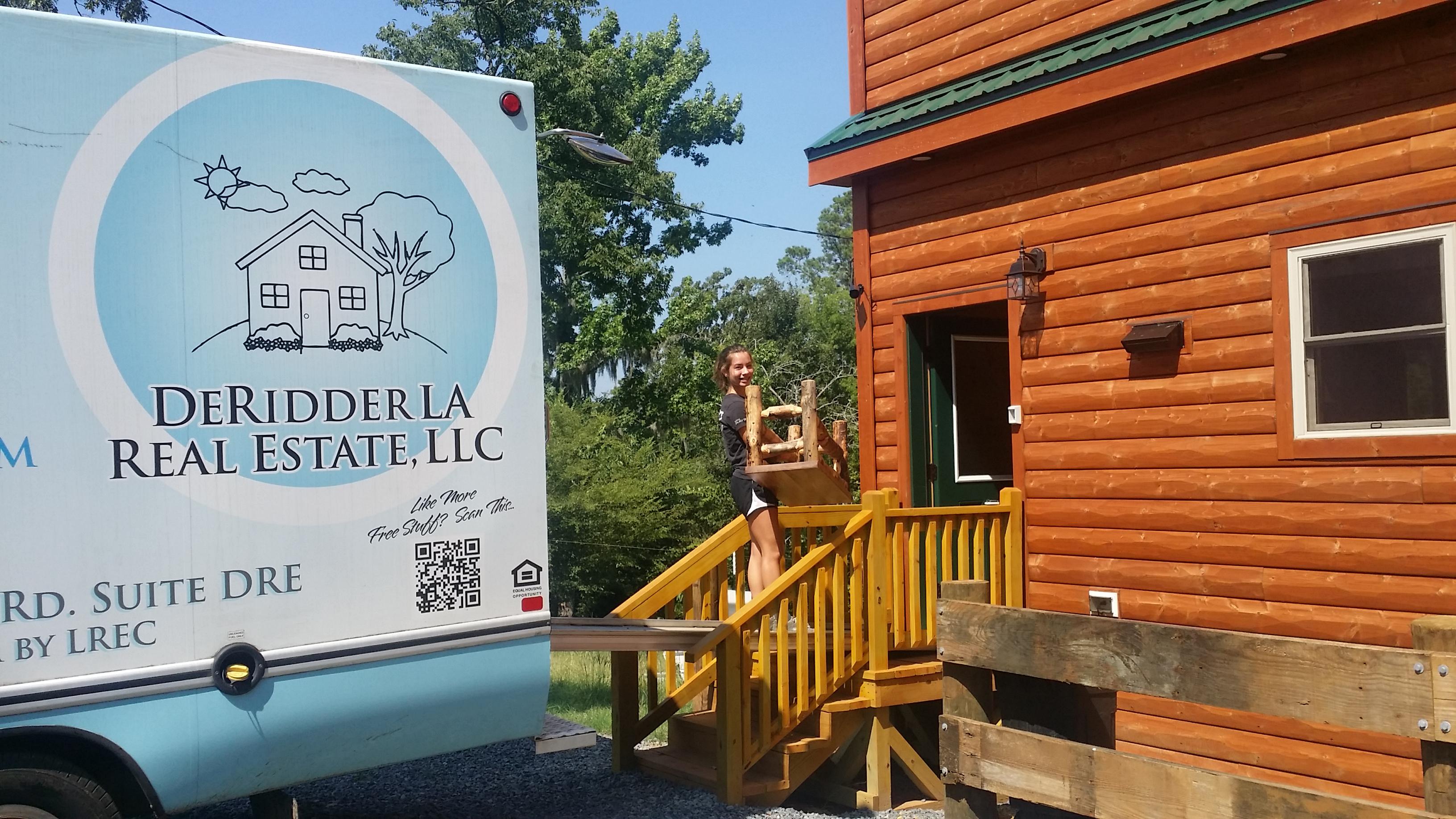 Moving Van Rental 15ft Moving Truck for rent DeRidder Leesville Ft Polk