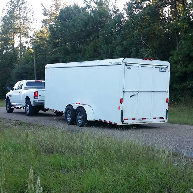 Customer headed to northern Arkansas to pick up some valuable merchandise.  What do you do when you are travelling and need to hide your cargo from would-be thieves?  Rent an enclose trailer!  Thieves cannot want what they cannot see!  DeRidderRentals.com  #trailer #rentaltrailet #equientrental #DeRidderRentals
