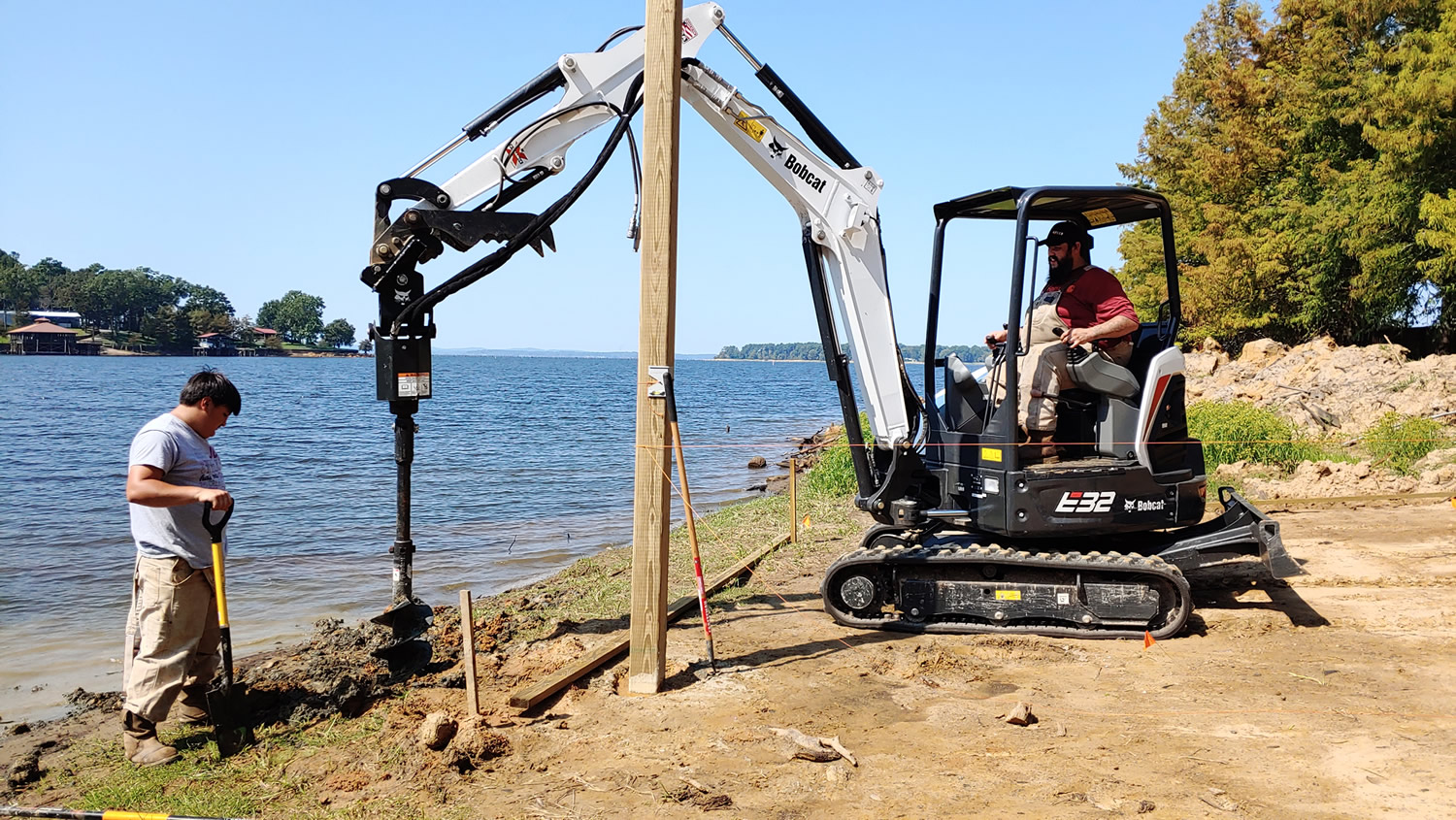 Louisiana Excavator Rental - DeRidder Leesville Fort Polk Shreveport Alexandria Lake Charles